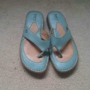 Born robins egg blue size 8 leather sandals EUC